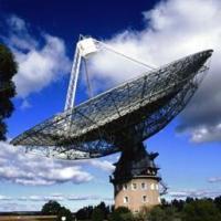 Радиотелескоп антенна в Парксе Австралия