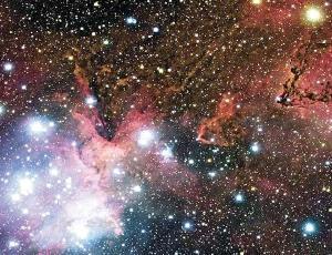 Огромная эмиссионная туманность IC 1805