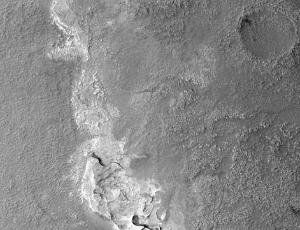 HiRISE - Mid-Latitude Craters
